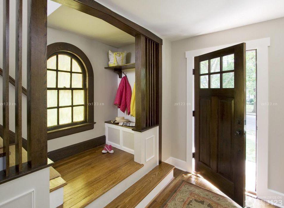 100平米房子门口玄关装修设计图