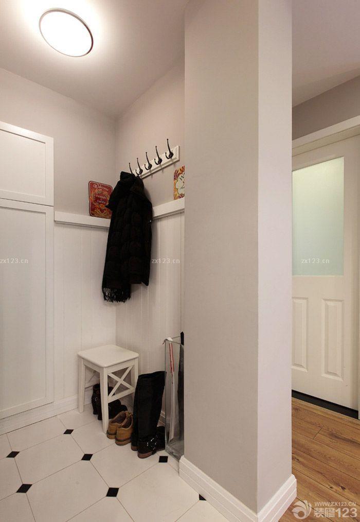 现代北欧风格门口玄关设计图片