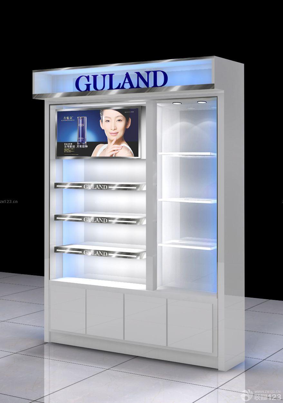 小型服装店货柜设计效果图