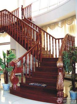 別墅高檔木制樓梯設計裝修效果圖