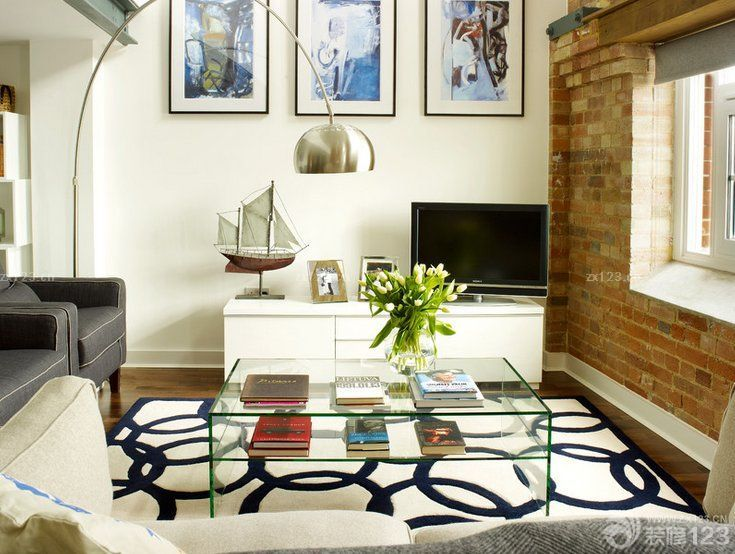 美式简约小房子最新客厅设计图片欣赏