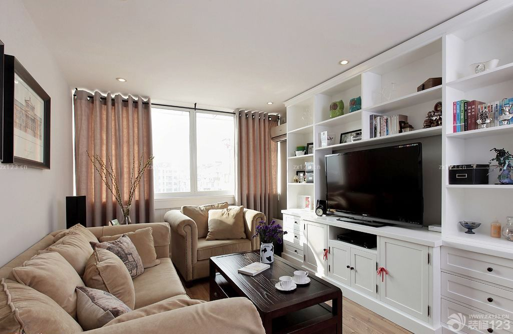 70平米小房子小客厅装修设计图