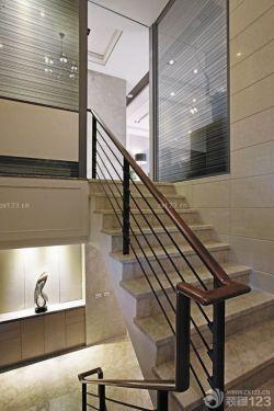 70平米跃层木楼梯装修效果图欣赏