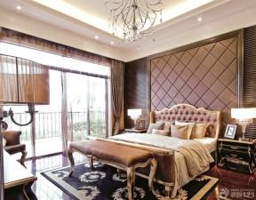 100平米別墅 床尾凳