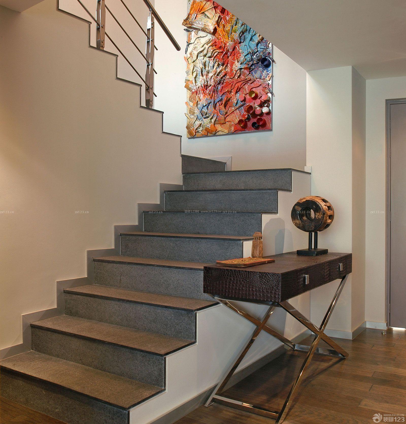 80平小复式房屋楼梯设计装修效果图