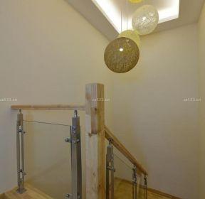70平米復式樓樓梯間吊頂裝修圖片-每日推薦