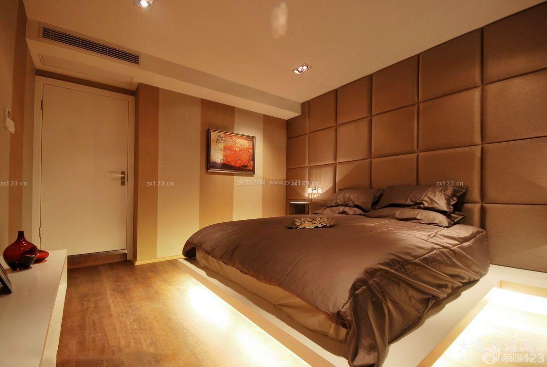 温馨舒适卧室地台设计装修效果图