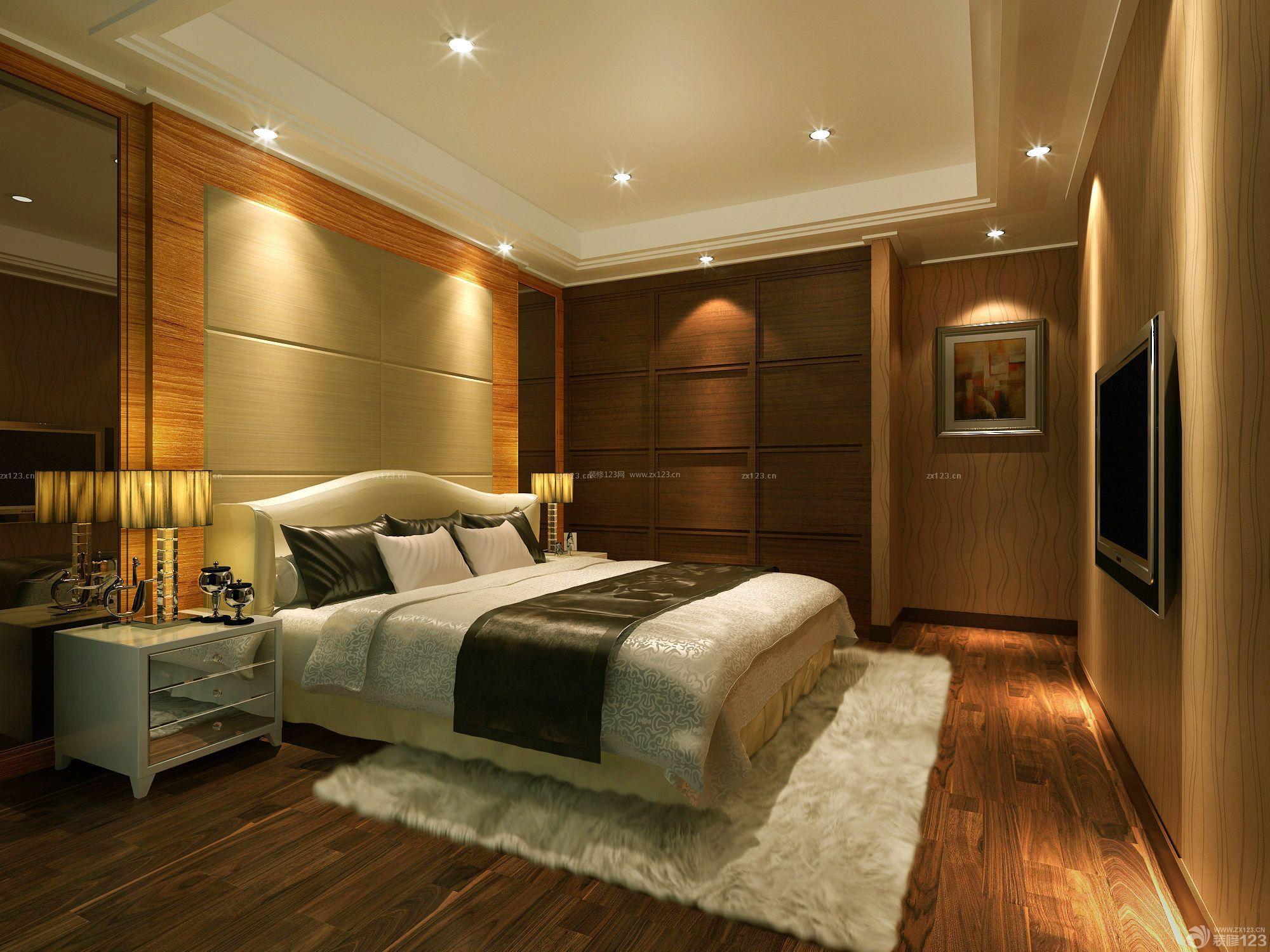 80平米小户型卧室床头木质背景墙装修效果图