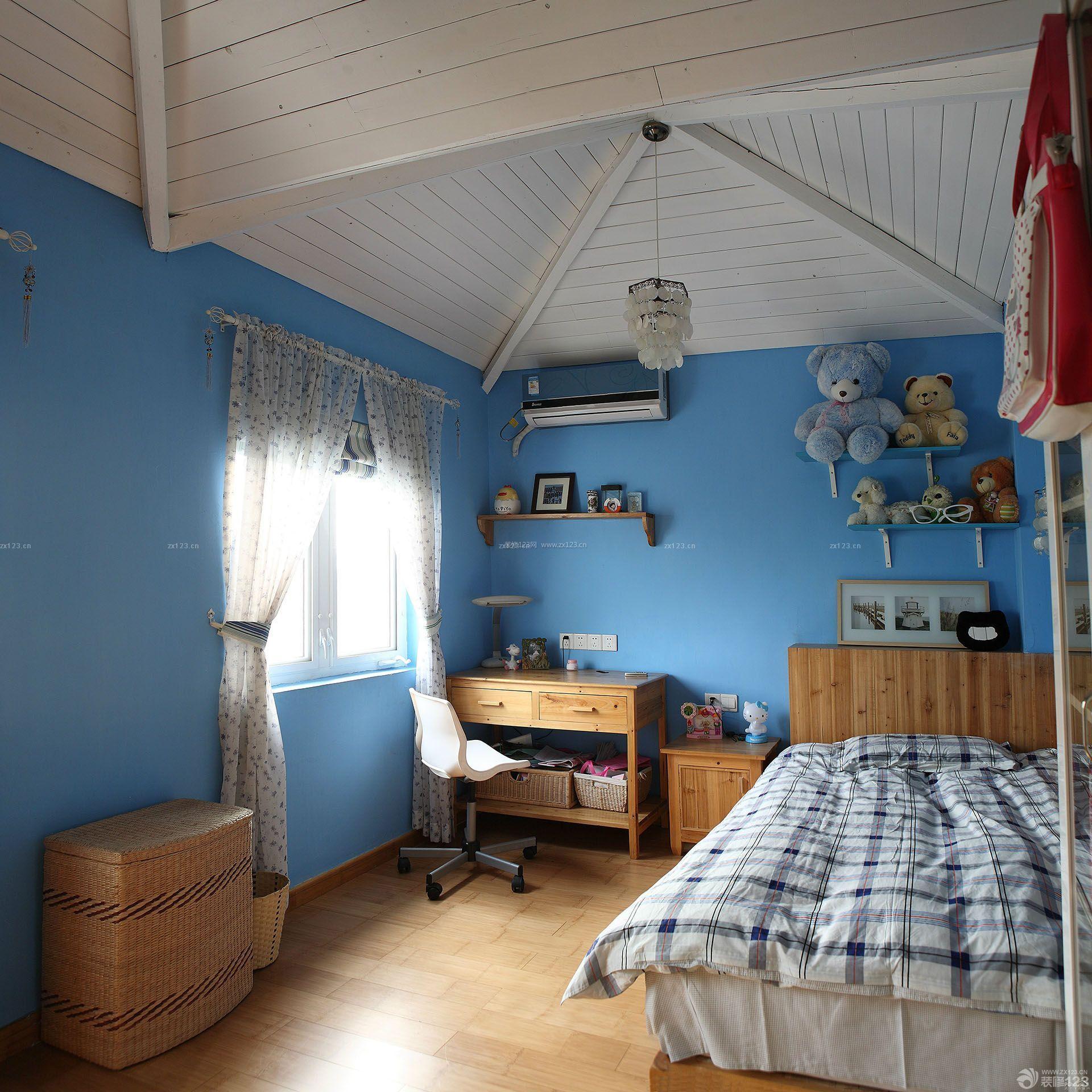80平米小户型阁楼卧室装修效果图