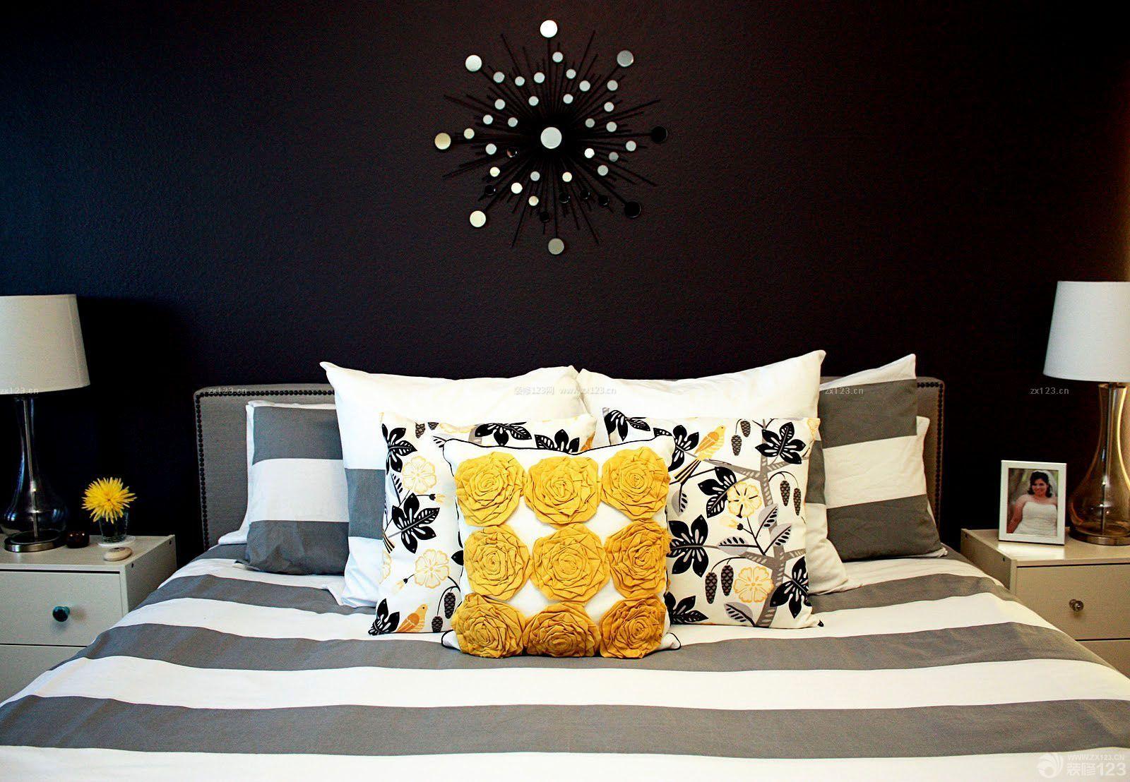 最新时尚家庭黑色墙面装饰装修效果图