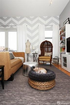 60平方小復式裝修 白色窗簾裝修效果圖片