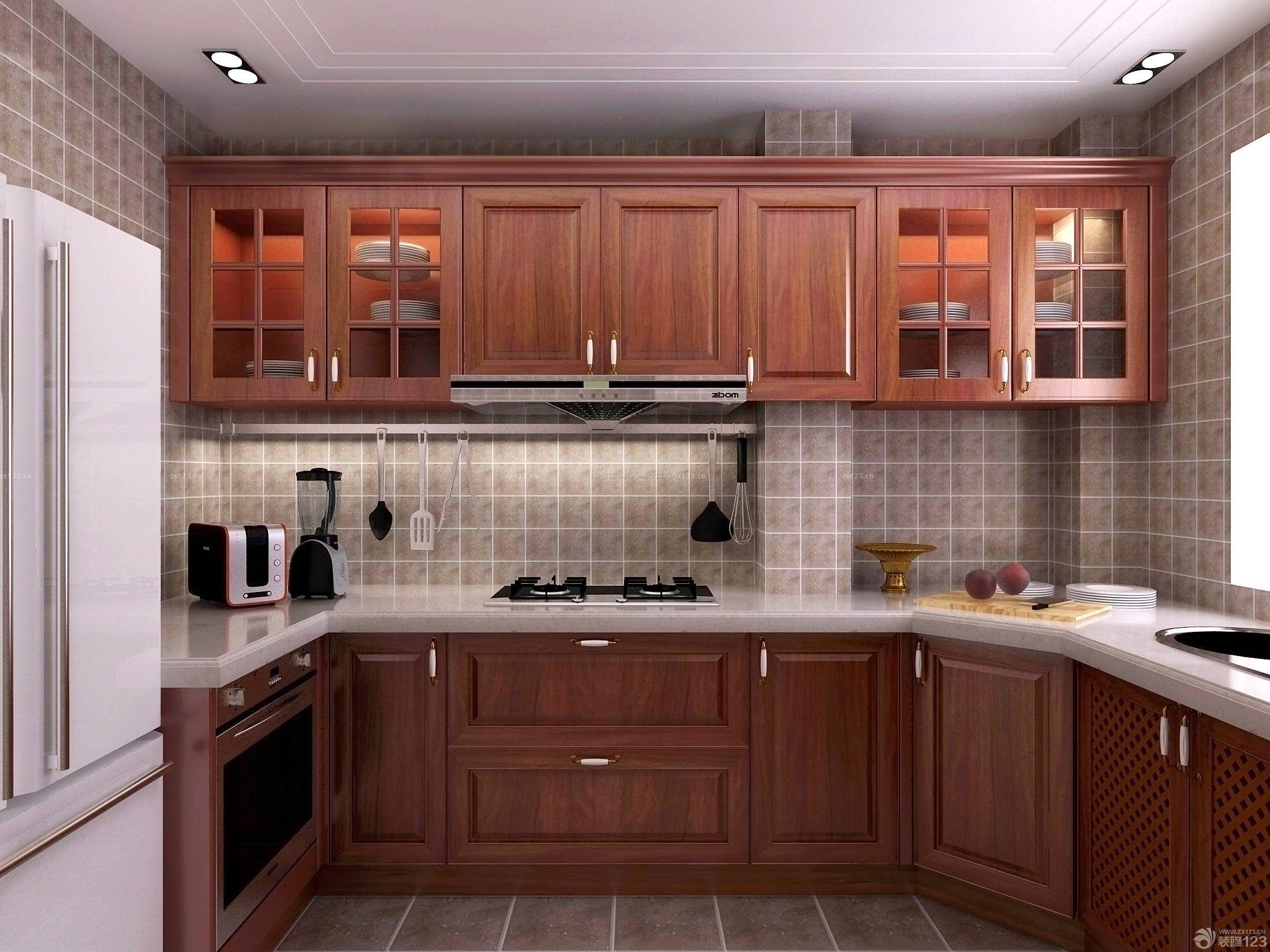 美式整体厨房实木橱柜装修效果图片