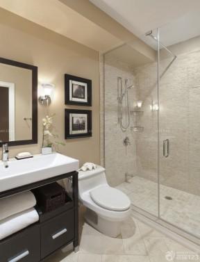 90平米三室兩廳 衛生間浴室裝修圖