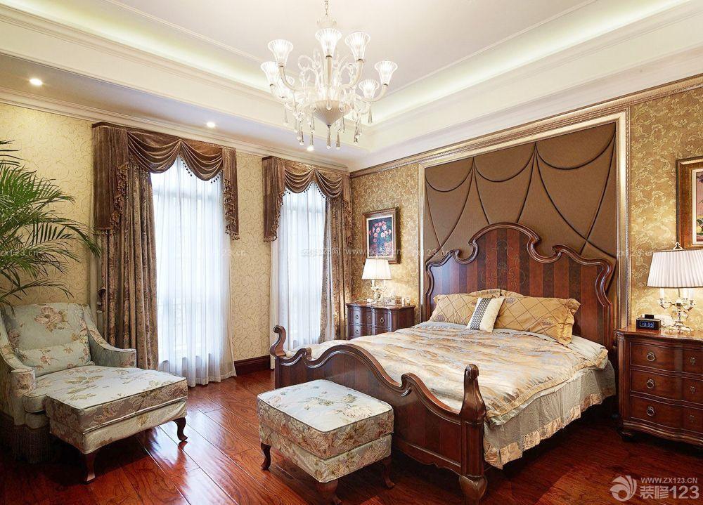 美式老旧房子床头背景墙装修效果图片