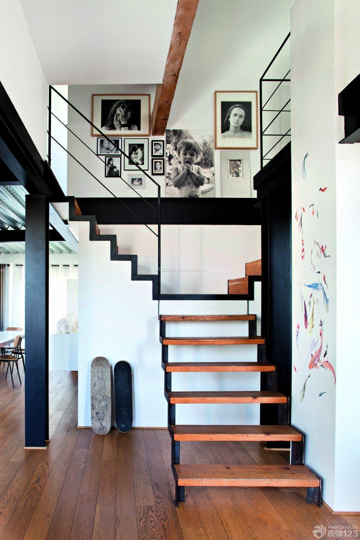 80平米带阁楼室内楼梯设计装修效果图