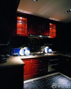 現代中式風格廚房裝修櫥柜效果圖
