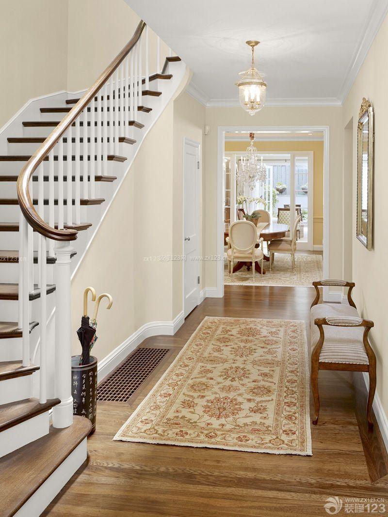 精装复式房楼梯设计装修效果图