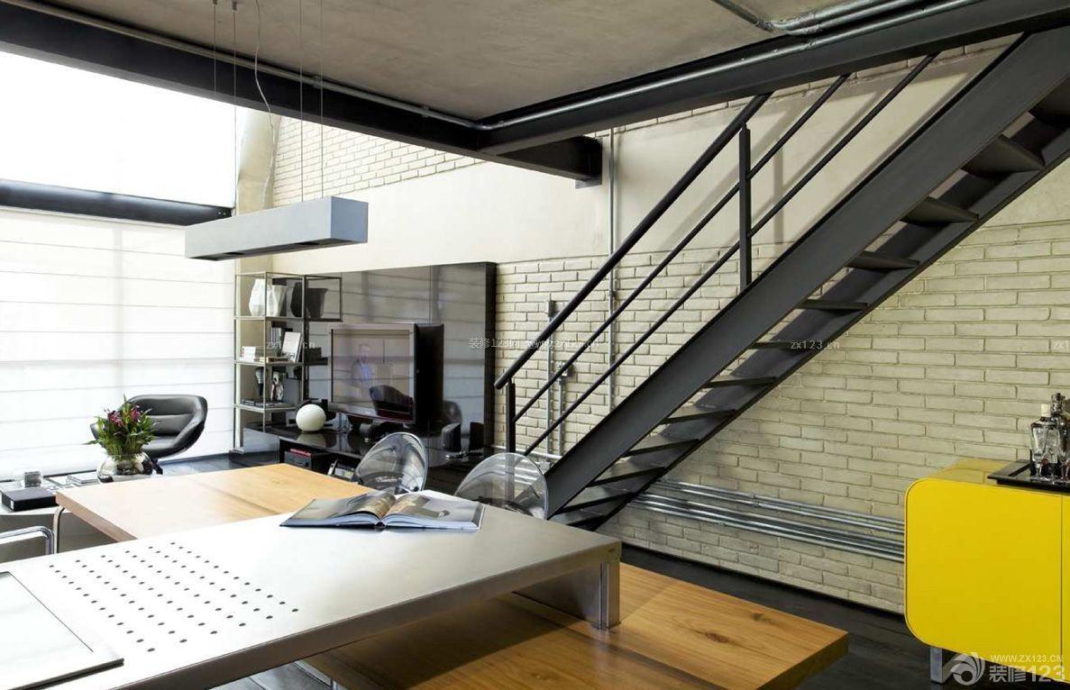 loft80平米复式楼墙砖墙面装修效果图