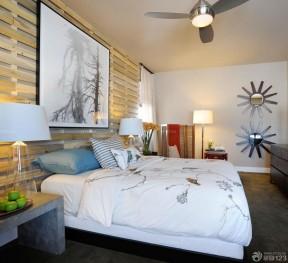 90平米3居室房屋裝修效果圖 木質背景墻裝修效果圖片