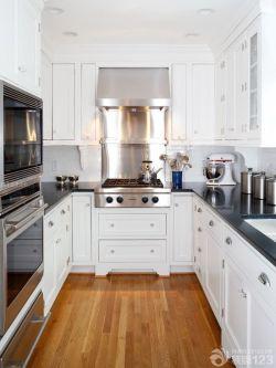 北欧家居90小户型厨房白色橱柜装修样板房