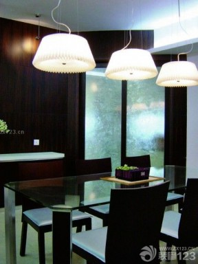餐廳吊燈圖片 黑白室內裝潢