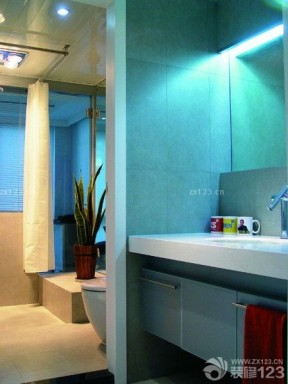 洗手間裝修效果圖 80平方三居室裝修效果圖
