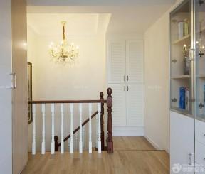 楼梯间鞋柜观景效果图别墅别墅装修二层装修电梯图片
