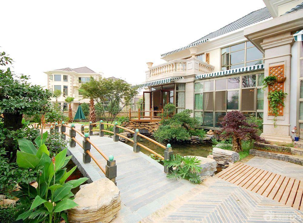 现代别墅室外花园装修设计效果图图片