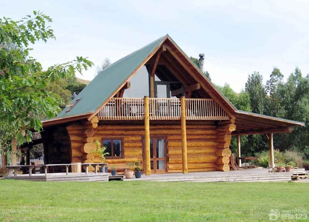 小型木屋别墅屋顶设计图片