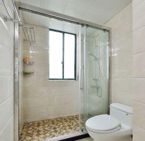 现代卫生间卫生间玻璃移门装修效果图片-每日推荐