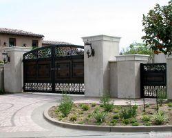 經典自建別墅外圍墻門柱設計