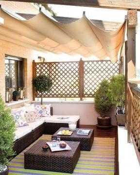阳台装修效果图大全图片 阳台遮阳棚装修效果图片