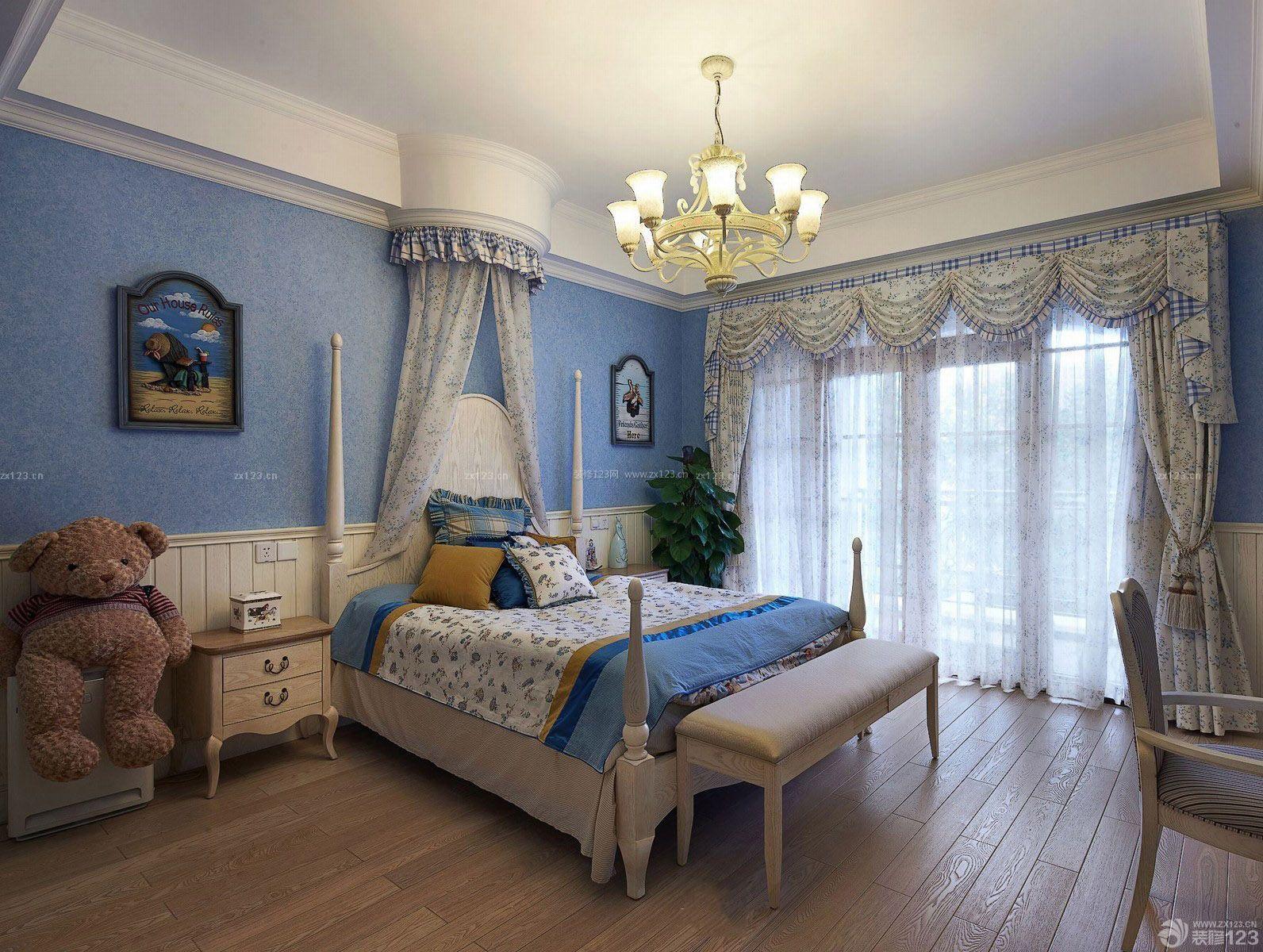美式卧室硅藻泥主卧背景墙设计装修效果图2015款