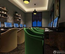 網吧室內擱板置物架裝修實景圖