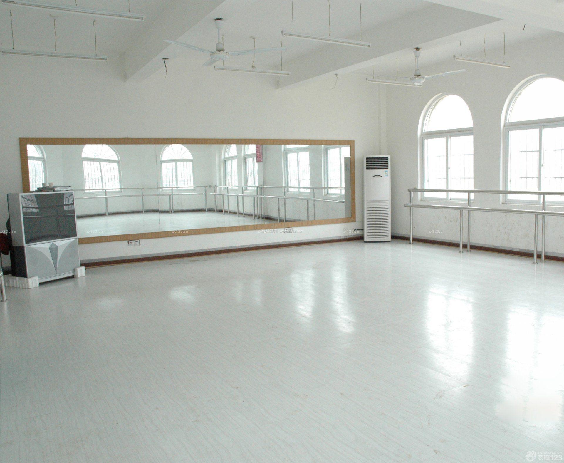 少儿学校舞蹈室简约风格设计图