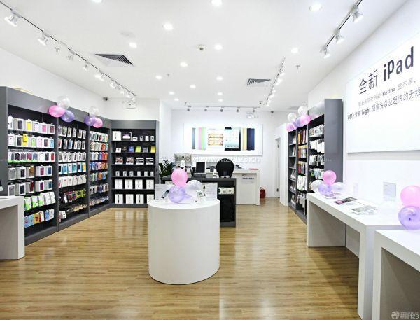 本身门头就是起一个新消费者的宣传效果, 东莞手机店装修多少钱小编就