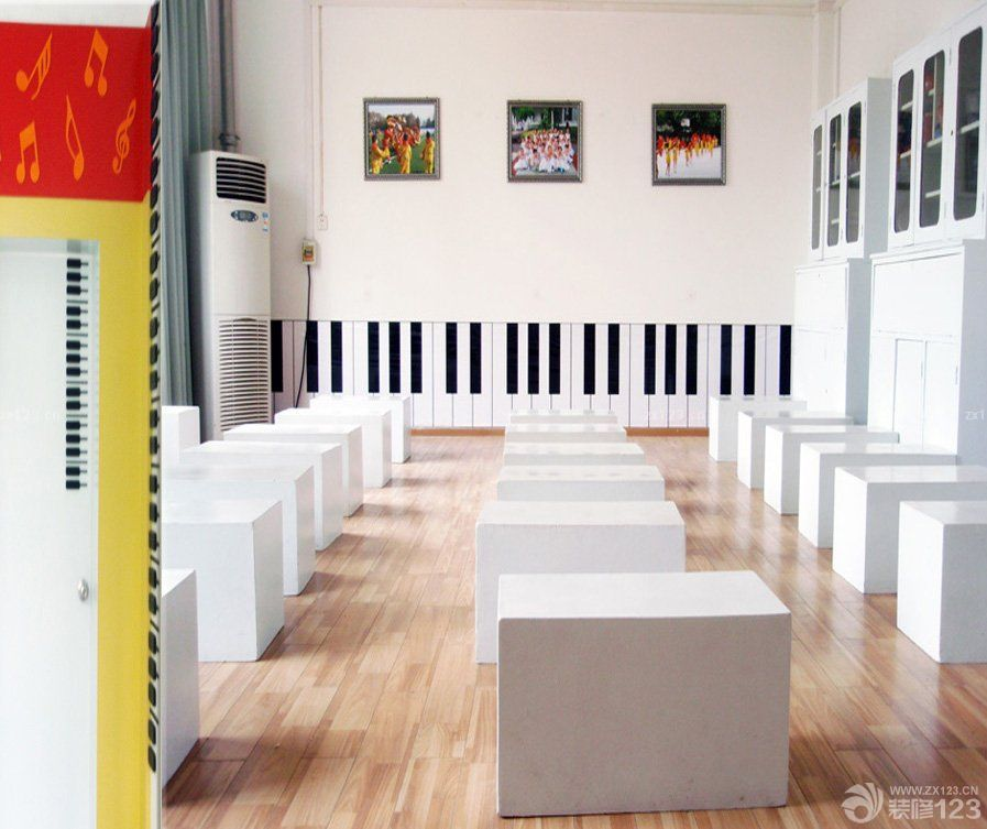 最新艺术学校教室装修设计图_装修123效果图