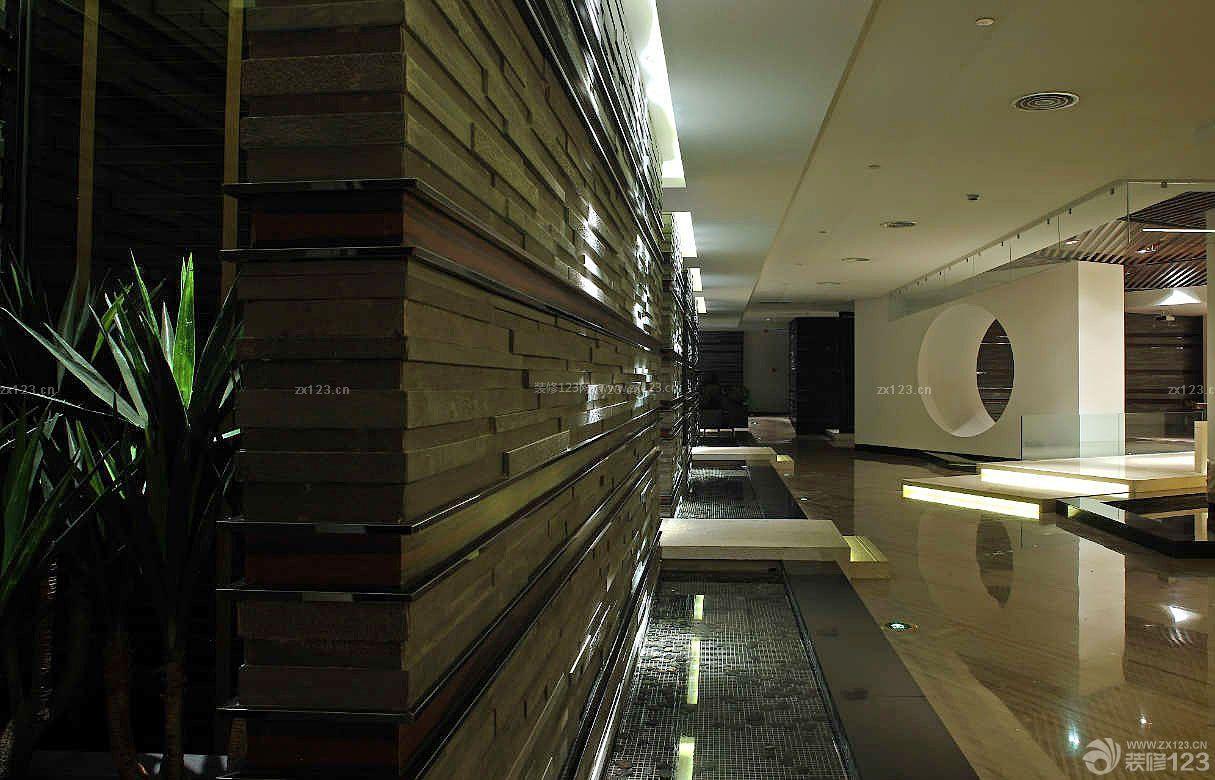 泰式spa墙面设计装修效果图片