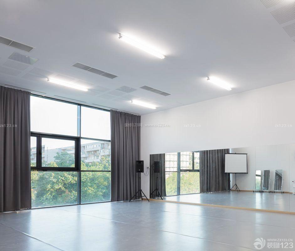 艺术学校舞蹈教室落地玻璃窗装修设计图