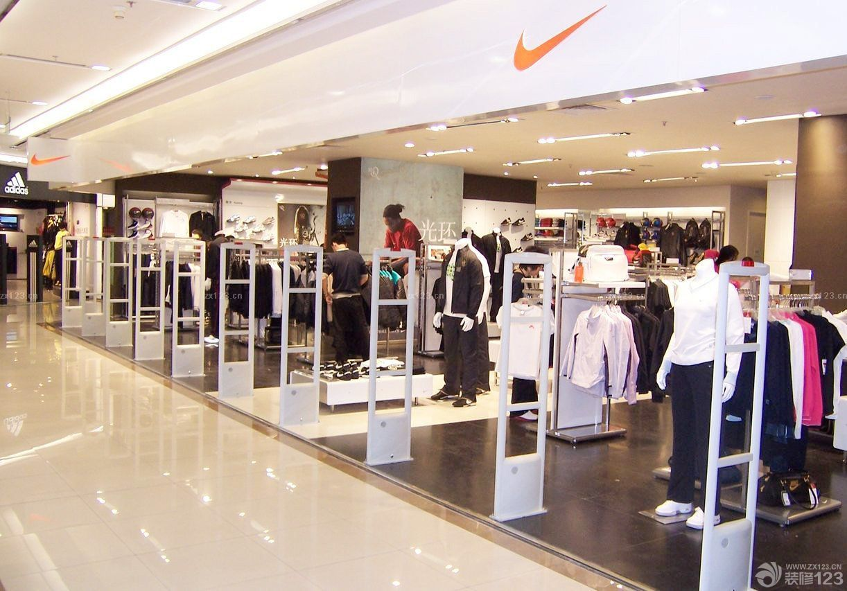 商场服装店柱子装修效果图片
