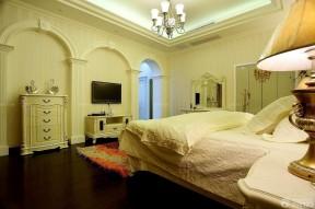 臥室電視背景墻 家庭裝潢設計