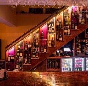 创意酒吧酒柜设计装修图-每日推荐