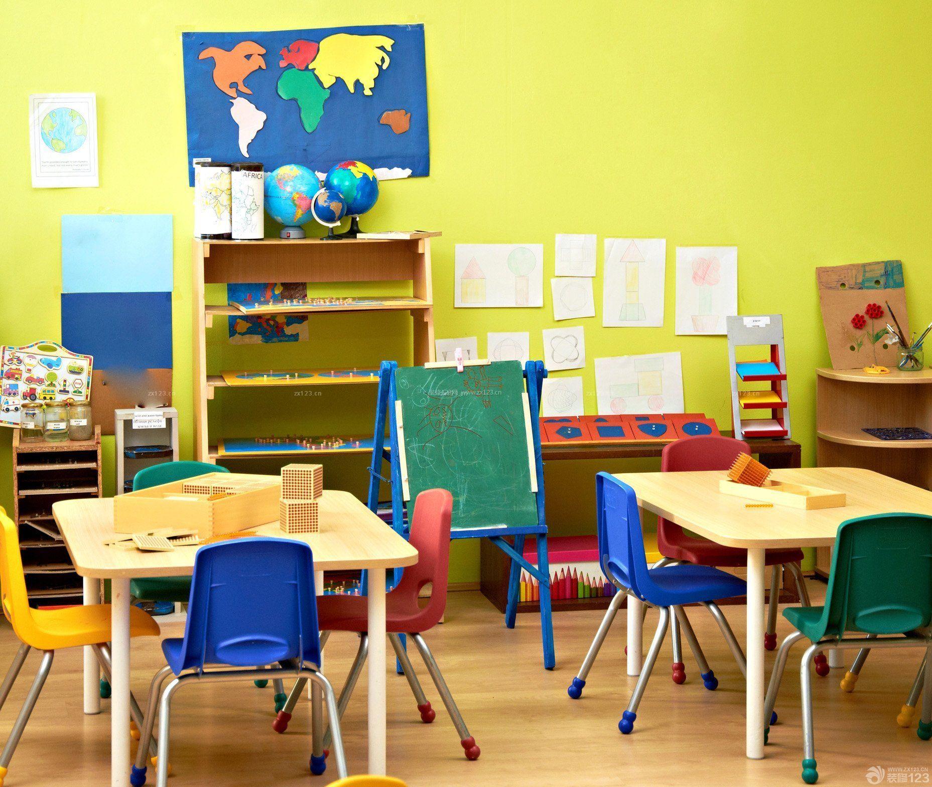 最新幼儿园室内黄色墙面装修效果图片