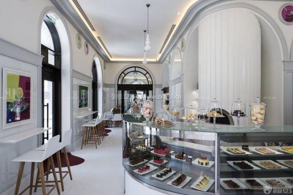 蛋糕店展示柜装修效果图