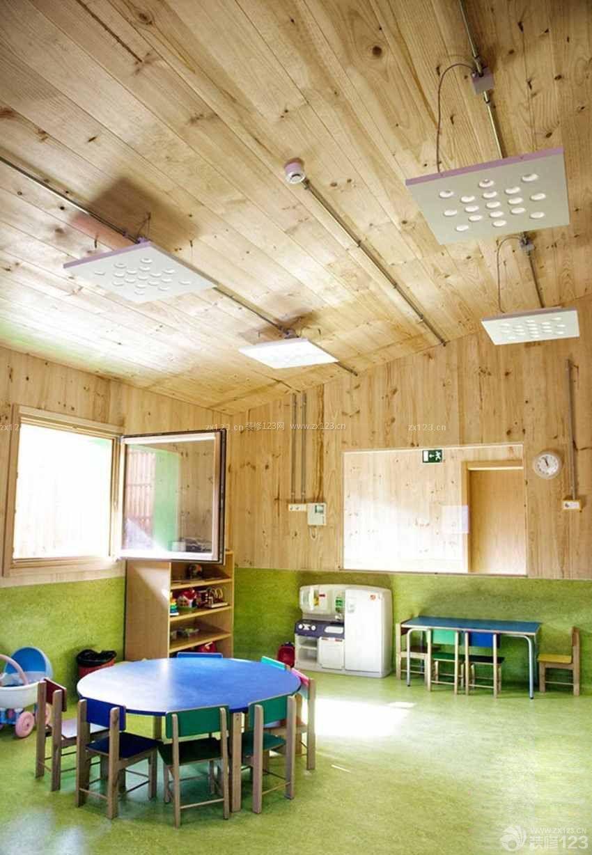 高档幼儿园室内木质墙面装修效果图片