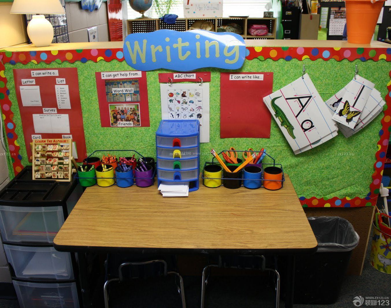 幼儿园室内装饰效果图片