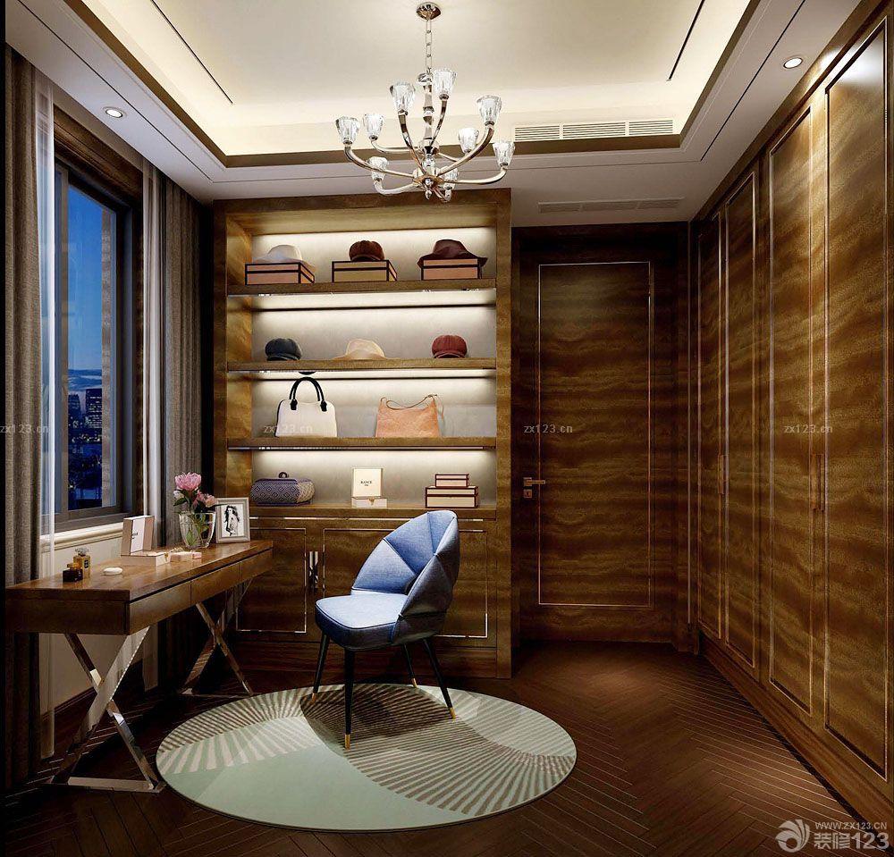 美式古典风格书房兼衣帽间装修效果图片