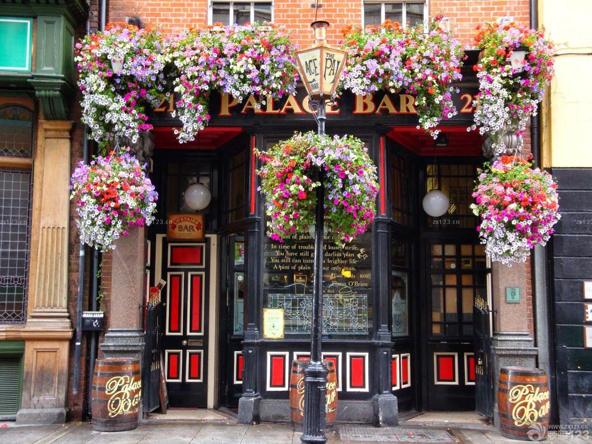精美复古酒吧门头白色墙面装修效果图片