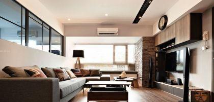 130平米简单客厅装修设计图