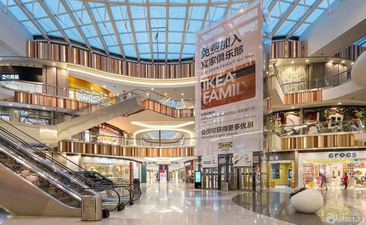 简单商场中庭设计顶部装饰_装修123效果图